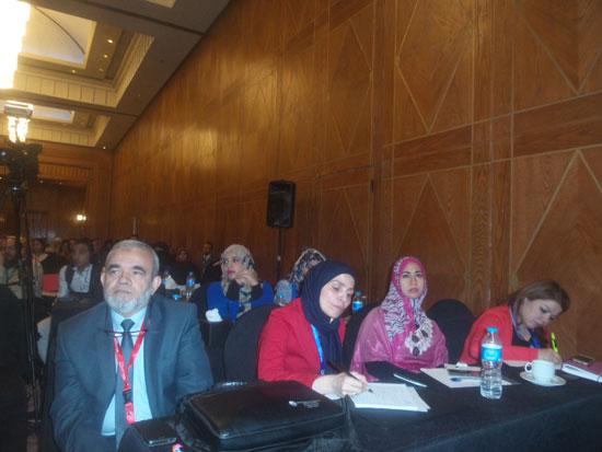 مؤتمر الشرق الأوسط للتغذية العلاجية (2)