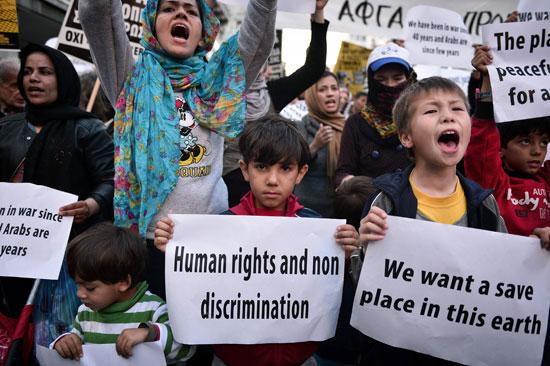 مهاجرون ولاجئون يتظاهرون فى أثينا ضد الاتفاق الأوروبى-التركى (3)
