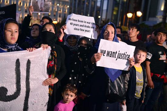 مهاجرون ولاجئون يتظاهرون فى أثينا ضد الاتفاق الأوروبى-التركى (5)