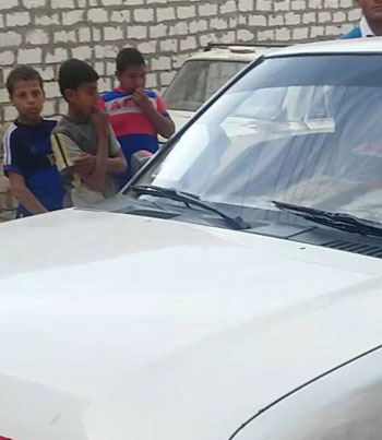 ضبط شابين أثناء احتيالهما على المواطنين (3)