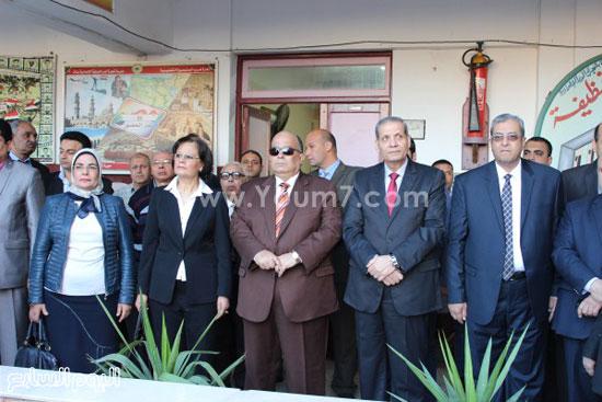 زيارة وزير التعليم لمدرسة شجرة الدر بالدقهلية (1)