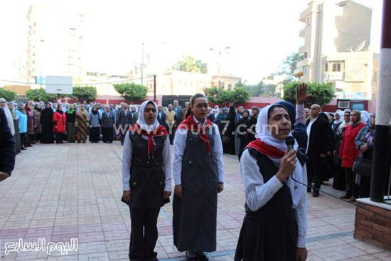 زيارة وزير التعليم لمدرسة شجرة الدر بالدقهلية (2)