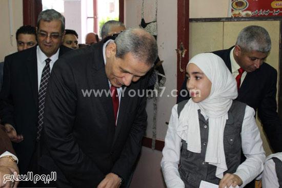 زيارة وزير التعليم لمدرسة شجرة الدر بالدقهلية (6)