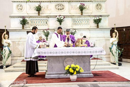 قداس الشاب الإيطالى هشام زعزوع السياحة وازارة السياحة ايطاليا (33)