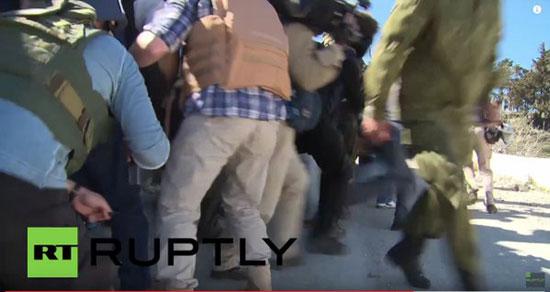 -المتحدث-العسكرى-الروسى-ينقذ-الصحفيين-الأجانب-من-قصف-تركى-بسوريا-(1)