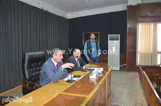 محافظ كفر الشيخ يلتقى شباب المحافظة (1)