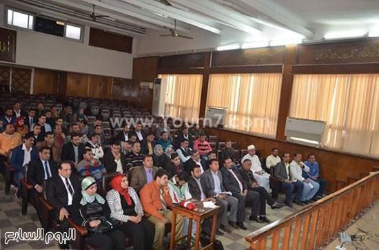 محافظ كفر الشيخ يلتقى شباب المحافظة (3)