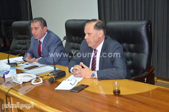 محافظ كفر الشيخ يلتقى شباب المحافظة (4)