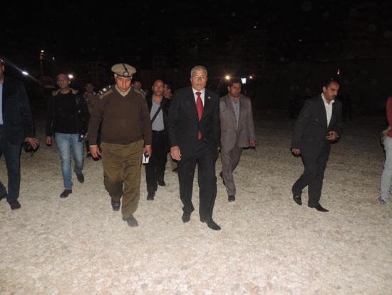 اللواء نبيل عبد الفتاح مساعد  وزير الداخلية مدير أمن الغربية (5)