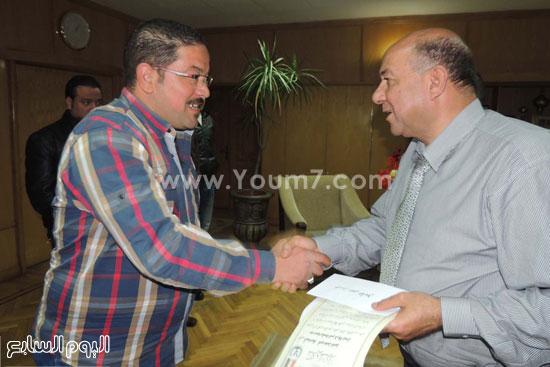 مدير امن السويس يكرم 4 امناء بقسم فيصل (5)