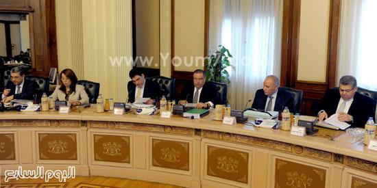 اجتماع مجلس الوزراء (2)