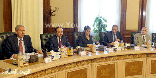 اجتماع مجلس الوزراء (4)