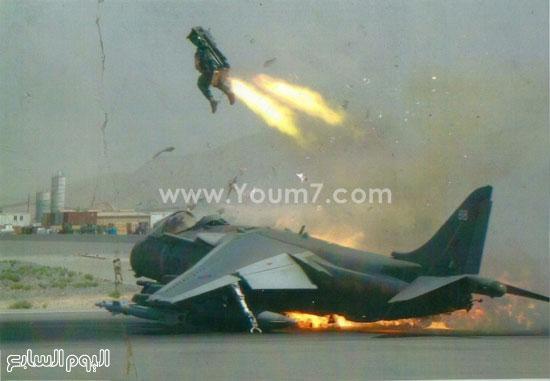 جندى يقفز من طائرته التى تعرضت للسقوط  -اليوم السابع -4 -2015