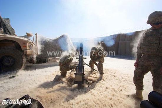 جنود يقومون بإطلاق القذائف -اليوم السابع -4 -2015