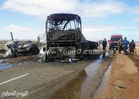 قوات الحماية المدنية المغربية تنتشر موقع الحادث  -اليوم السابع -4 -2015