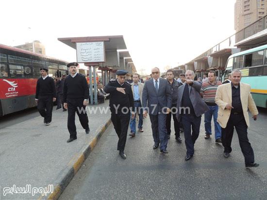 مدير شرطة النقل يتفقد موقف أتوبيس الشهيد عبد المنعم رياض -اليوم السابع -4 -2015