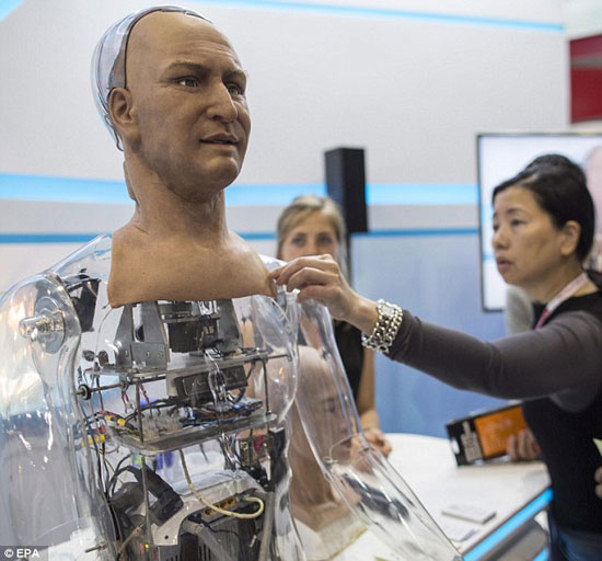 الروبوت Ham  -اليوم السابع -4 -2015