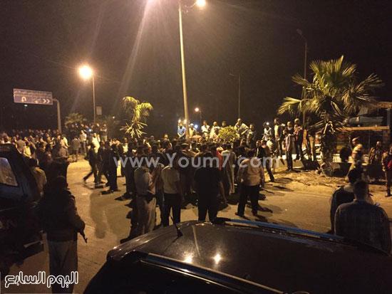 غضب الأهالى لاختطاف ابنتيهما -اليوم السابع -4 -2015