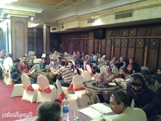 حفل نقابة المهندسين بالبحيرة خلال تسلمى حديثى التخرج لمنح التدريب -اليوم السابع -4 -2015