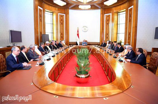 الرئيس السيسى يلتقى بوزراء الشباب والرياضة العرب ورؤساء مجالس الشباب والرياضة بالدول العربية -اليوم السابع -4 -2015