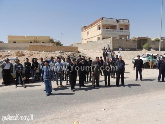مدير أمن مطروح يقود حملة لإزالة التعديات على أراضى الدولة -اليوم السابع -4 -2015
