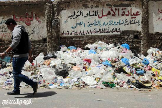 تلال القمامة تتراكم بشاعر النصر -اليوم السابع -4 -2015