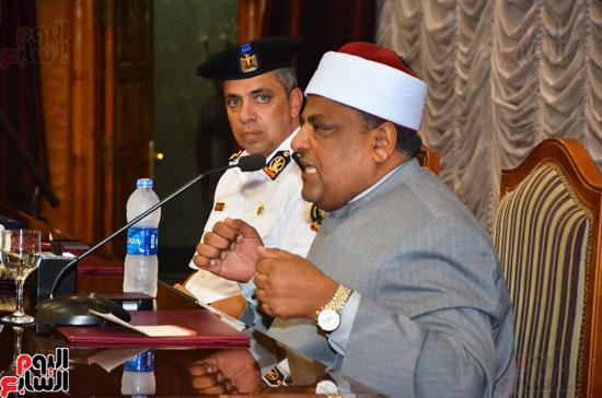 افراد الشرطة-وكيل الازهر-عباس شومان-محاضرة الاخلاق (2)