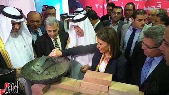 وزير المالية السعودى يضع حجر الأساس لتطوير قصر العينى (6)