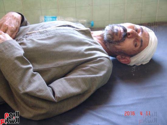 إضراب أسرة عن الطعام بأبو تيج (2)