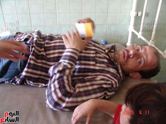 إضراب أسرة عن الطعام بأبو تيج (3)