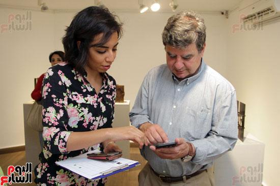 معرض خارج الاطار، العلاقات الانسانية، سيدة خليل، محمد عبلة (16)
