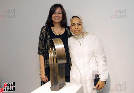 معرض خارج الاطار، العلاقات الانسانية، سيدة خليل، محمد عبلة (23)