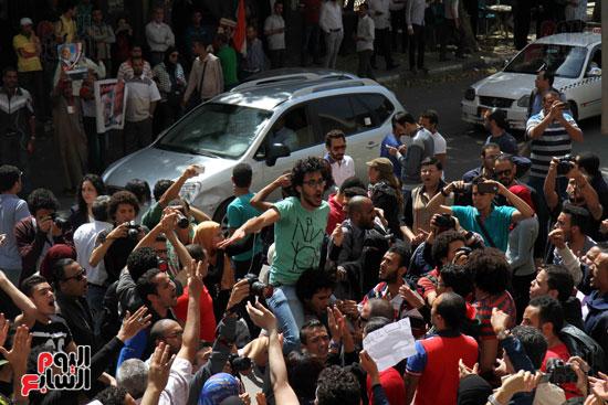 المظاهرات أمام نقابة الصحفيين احتجاجاً على تعيين الحدود (2)