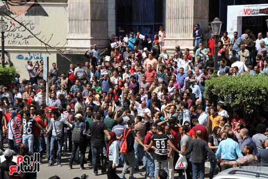 المظاهرات أمام نقابة الصحفيين احتجاجاً على تعيين الحدود (3)