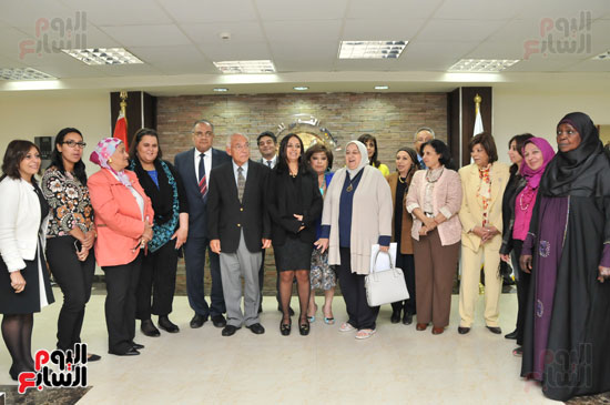 زيارة العالم فاروق الباز للمجلس القومى للمرأة (3)