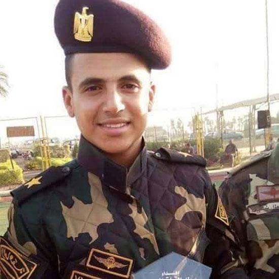 جنازة عسكرية للشهيد إسلام عبد الحميد  (3)