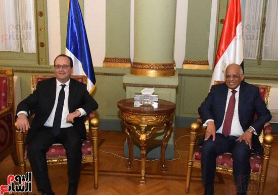الرئيس الفرنسى يزور مقر مجلس النواب وعلى عبد العال فى استقباله (5)