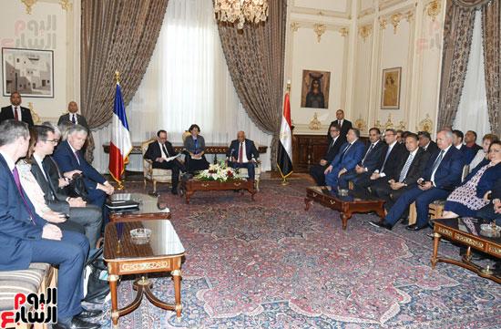 الرئيس الفرنسى يزور مقر مجلس النواب وعلى عبد العال فى استقباله (6)
