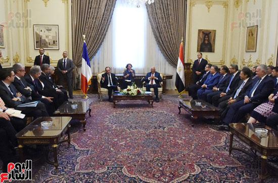 الرئيس الفرنسى يزور مقر مجلس النواب وعلى عبد العال فى استقباله (10)