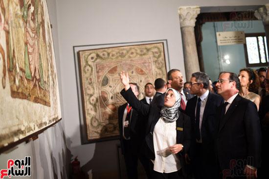 فرانسوا هولاند  يزور المتحف القبطى ويؤكد مصر بلد الأمن والتسامح (2)