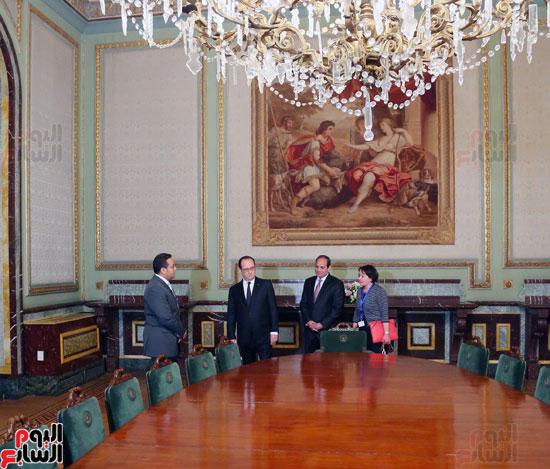 الرئيس الفرنسي يصل قصر عابدين لحضور حفل فنى بدعوة من الرئيس السيسي (1)