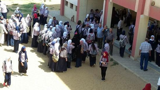 صحافة المواطن، امبابة، التربية والتعليم، تحرش، نور الحرية الثانوية بنات، اعتصام (4)