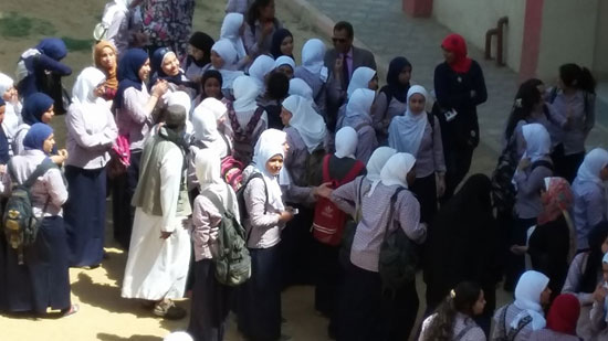 صحافة المواطن، امبابة، التربية والتعليم، تحرش، نور الحرية الثانوية بنات، اعتصام (6)