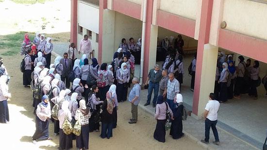 صحافة المواطن، امبابة، التربية والتعليم، تحرش، نور الحرية الثانوية بنات، اعتصام (7)