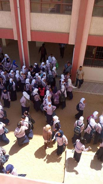 صحافة المواطن، امبابة، التربية والتعليم، تحرش، نور الحرية الثانوية بنات، اعتصام (8)