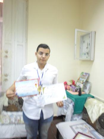 ابتكر الطالب أحمد محمد عبد الله خليفة بالصف (3)