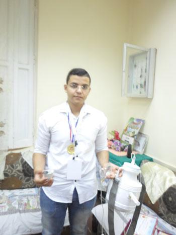 ابتكر الطالب أحمد محمد عبد الله خليفة بالصف (4)