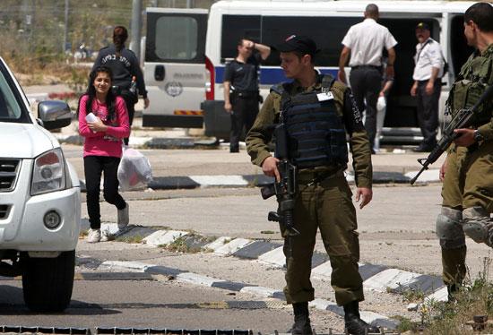 الإفراج عن أصغر أسيرة فلسطينية فى سجون الاحتلال الإسرائيلى (11)