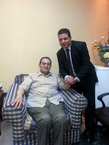 بالصور الرئيس حسنى مبارك يزداد وزنه بإستمرار لهذه الأسباب 2 28/4/2016 - 10:31 م
