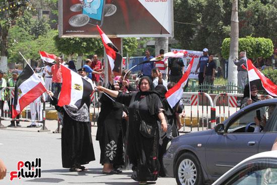 احتفالات المواطنين بذكرى تحرير سيناء (4)